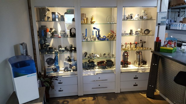 Showroom verkoopbalie